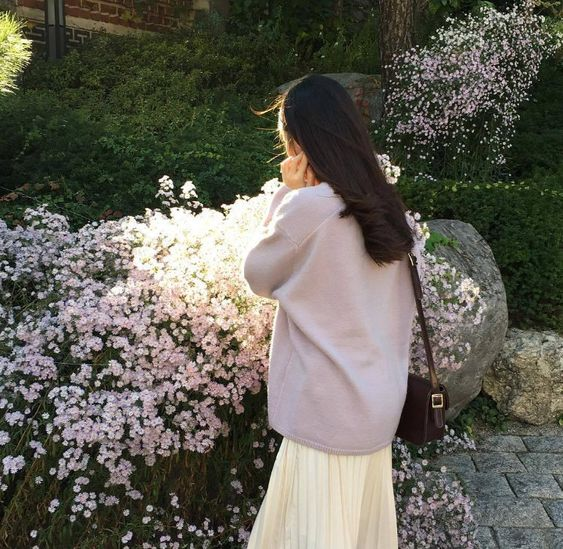 aesthetic, girl, and flowers image