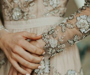 aesthetic, white, and dress image