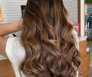 Love it / nice hair color