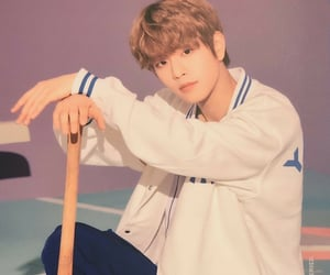 kpop, visual, and seungmin image