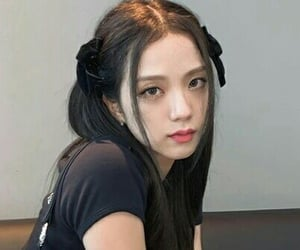 blackpink, jisoo, and girl image