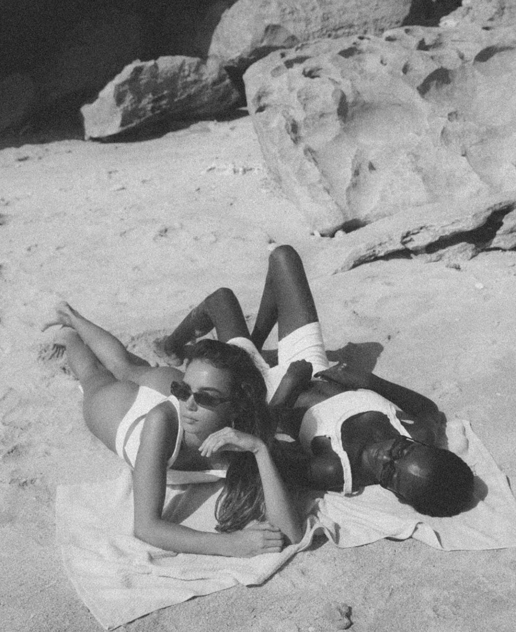 beach, fashion, and friendship image