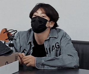 boyfriend, grunge, and jungkook image