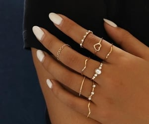 accesories, fashion, and gold image