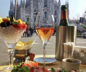 champagne, food, and FRUiTS image