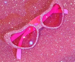 aesthetic, elle woods, and glitter image