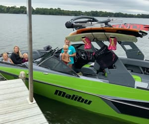 boat rental mn, boating mn, and lake watersports image