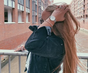 blond, watch, and haare image
