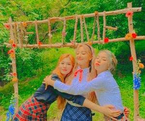 Sana, Jihyo and Chaeyoung-Twice