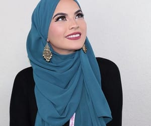 arab, muslim, and hijab image