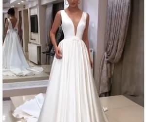 wedding gown, vestido de novia, and satin wedding dress image