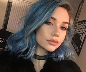dyed hair, hair inspo, and blue hair image