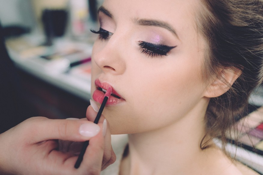 article, makeup, and flawless makeup image