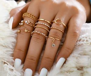 fashion rings and ring set image
