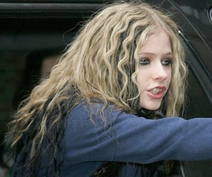 Avril Lavigne, curls, and hairstyle image