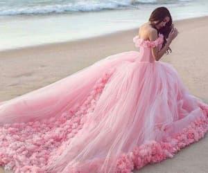 pink wedding dress, princess wedding dress, and vestido de novia image