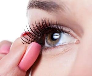false eyelashes online and strip lashes image