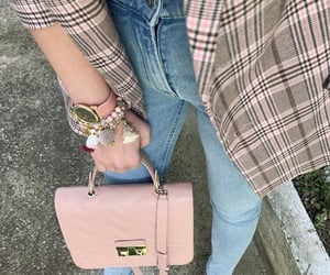 arm candy, autumn, and autumn outfit image
