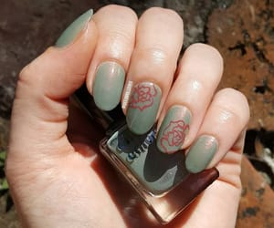 succulents, greennails, and freehand image