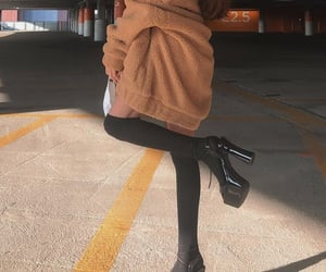fashion, girls, and outfit inspo image