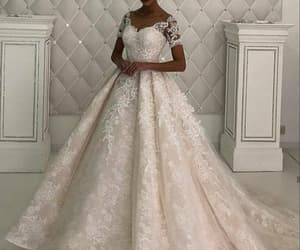 vestido de novia, sparkly wedding dresses, and champagne wedding dresses image