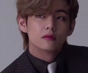 kpop, low quality, and taehyung image