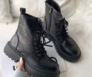 combat boots image