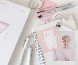 aesthetic, kpop, and pastel image