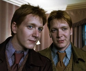 harry potter, fred weasley, and weasley twins image