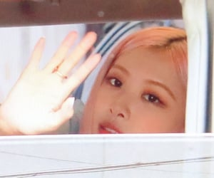 preview, blackpink, and chaeyoung image