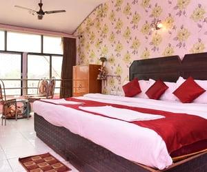 hotels online puri image