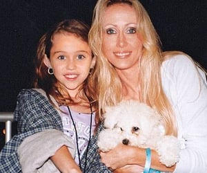 celebridades, cyrus, and miley image