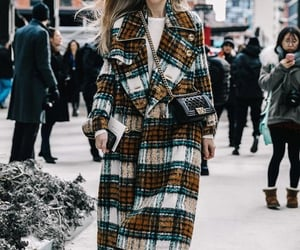 chanel bags and street style image