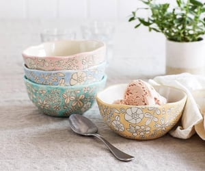Cute bowls! (Amazon)
