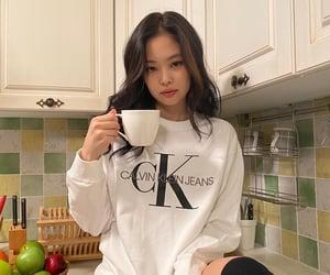 girl, korean, and blackpink image