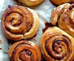 food, cake, and Cinnamon image