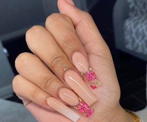 beauty, fakenails, and gelnails image