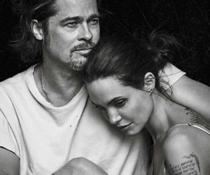 Angelina Jolie, relationship goals, and brad pitt image