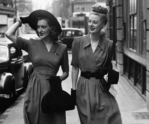 street style and 1940's fashion image