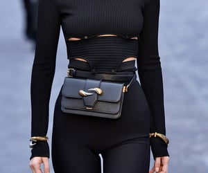 black, waistbag, and waistbelt image