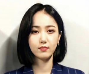 girl group, kpop, and mugshot image