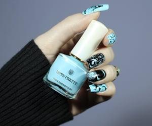 black, blogger, and nails image