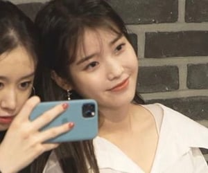 iu, lq, and jieun image