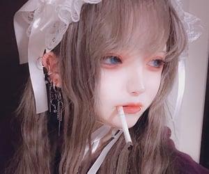 かわいい、女の子、人形、ピアス、煙草 image