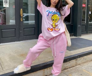 casual, fashion, and looney tunes image