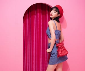 theme, kpop girls, and amino image
