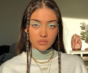 girl, aesthetic, and make up image