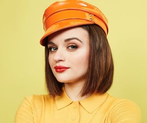 joey king, the kissing booth, and the act image
