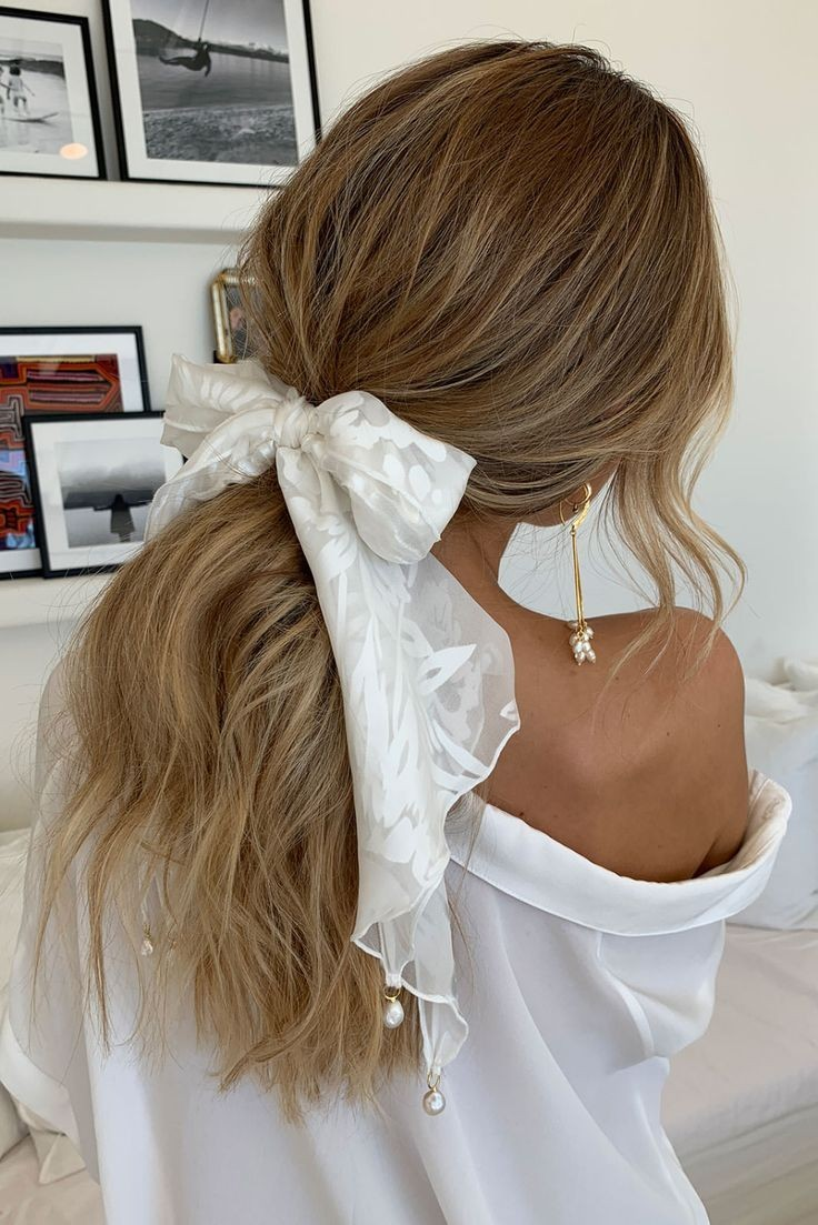 hairstyle, bow, and fashion image