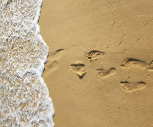 aesthetic, china, and footprints image